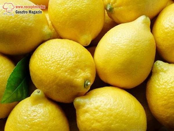 Tisztító- és fogyókúra citrommal
