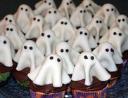 Kreatív halloweeni sütemények