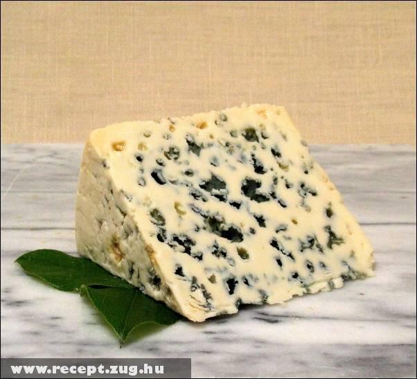 Zöld penészes sajt