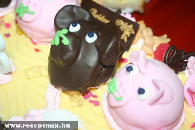 BUÉK tortához marcipán