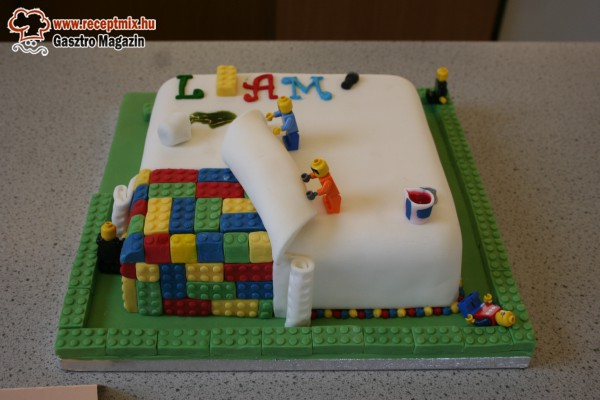 Kreatív LEGO torta