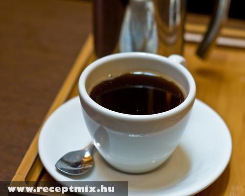 Kávé - benne egy jó csésze fekete