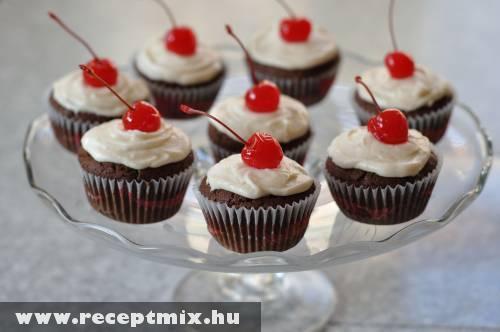 Koktélcseresznyés muffin Valentin napra