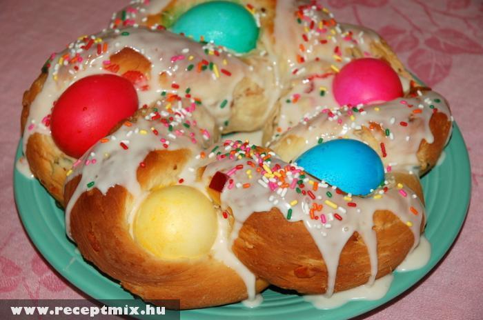 A húsvéti böjtre: húsvéti édeskalács