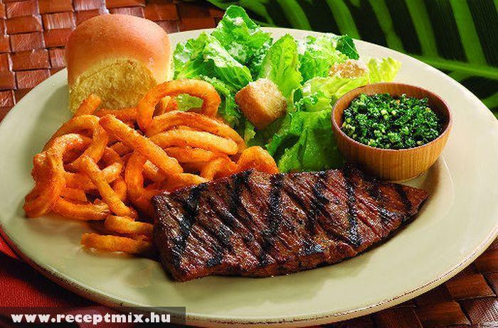 Steak hagymakarikákkal