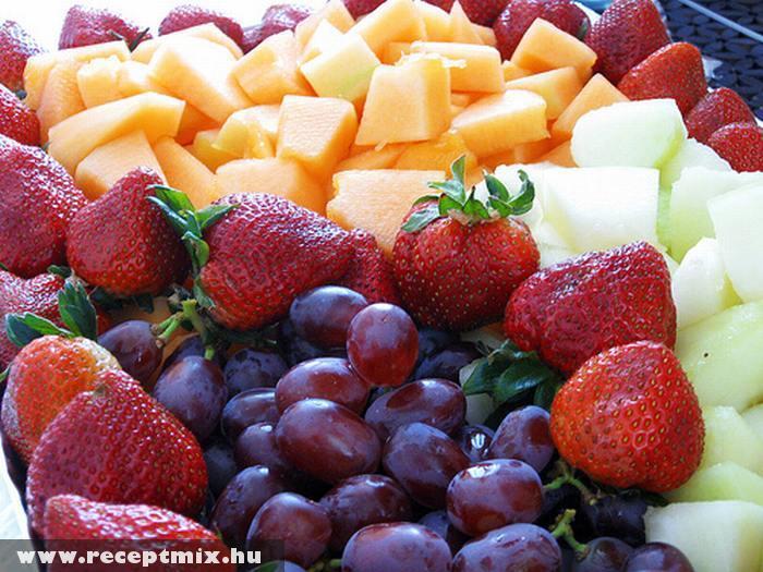 Friss gyümölcstál