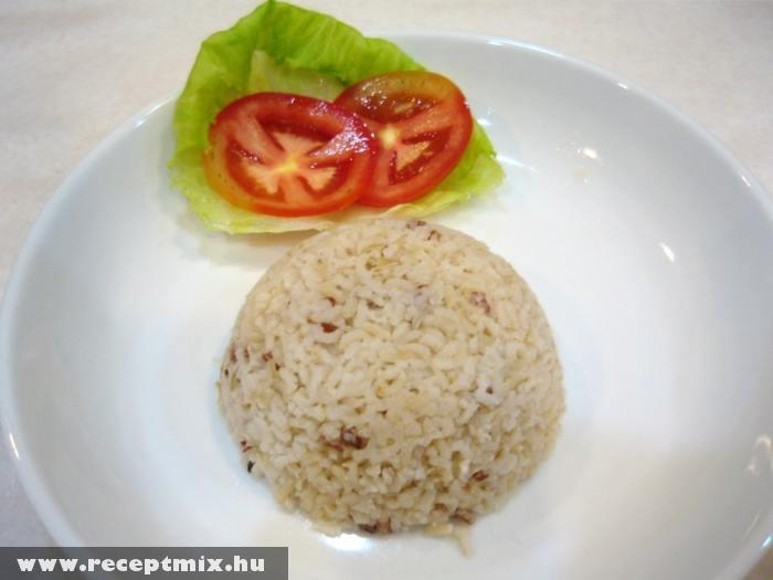 Rizsköret paradicsommal