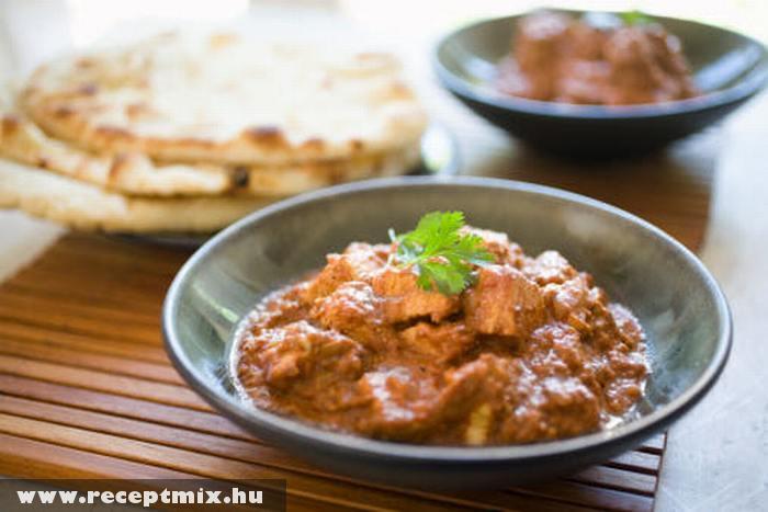 Egy tál indiai étel