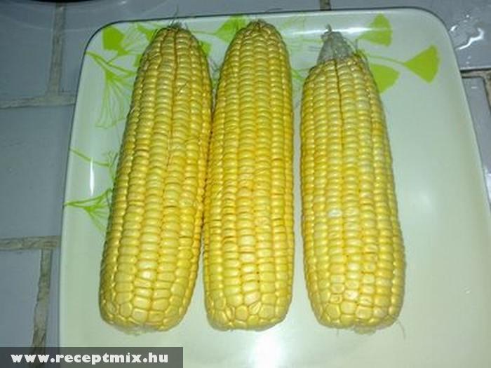 Fõtt kukorica