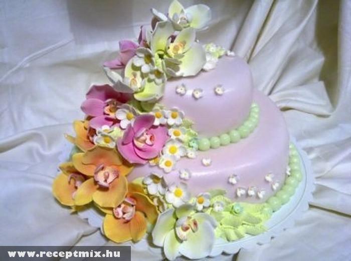 Esküvõi torta
