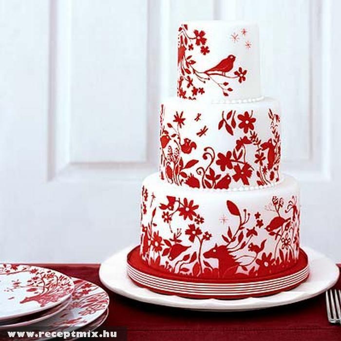Virágmintás esküvõi torta