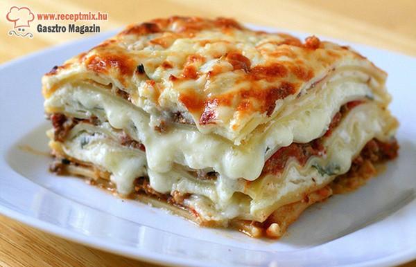 Extra sajtos lasagne