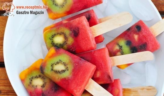 Gyümölcsökből jégkrém