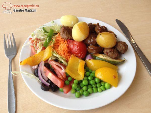 Húsgolyók zöldségekkel