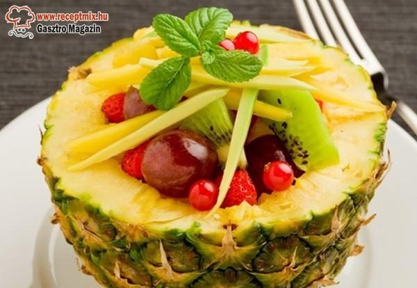 Töltött ananász