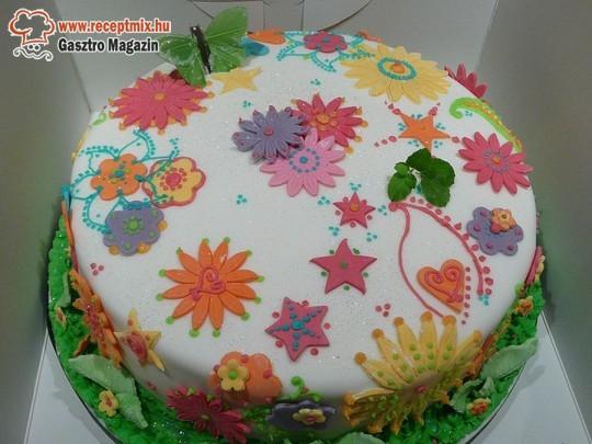 Virágmintás torta
