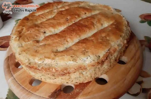 Hagymás, kőrözöttes, házi zsíros kenyér