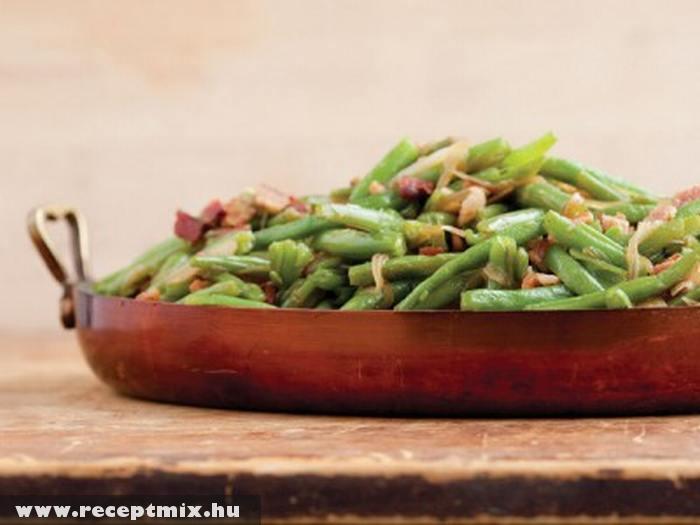 Baconos zöldbab