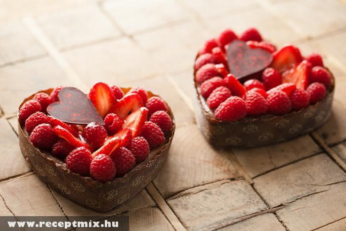 Szív alakú eperkosár