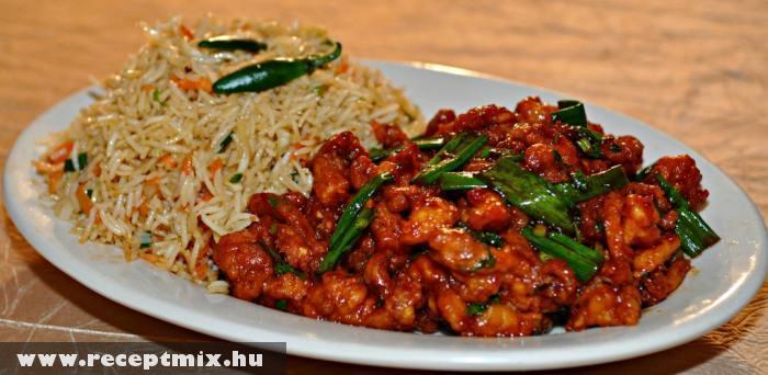 Hagymás csirkefalatok rizskörettel