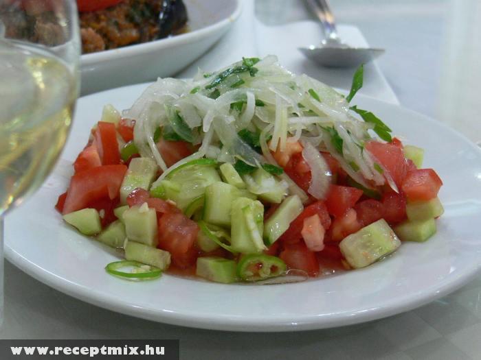 Frissítõ saláta