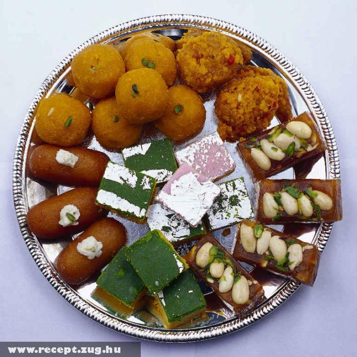 Indiai sütemény tál