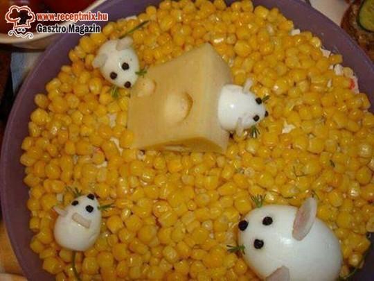 Csemegekukorica, sajt, tojás