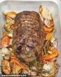 Sült hús zöldéséges körettel