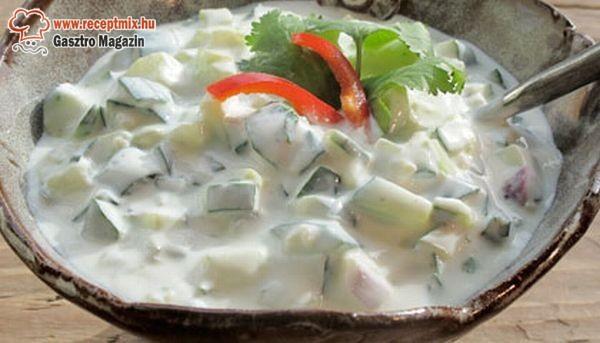 Joghurtos saláta