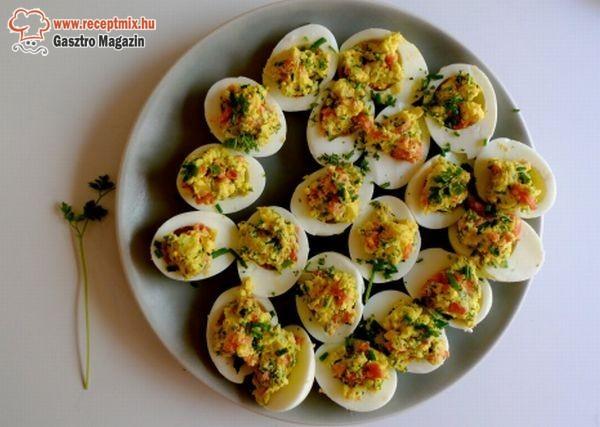 Töltött tojások