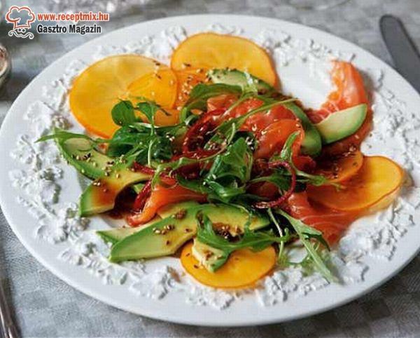 Lazacos avokádó saláta