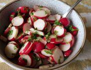 Fűszeres retek saláta